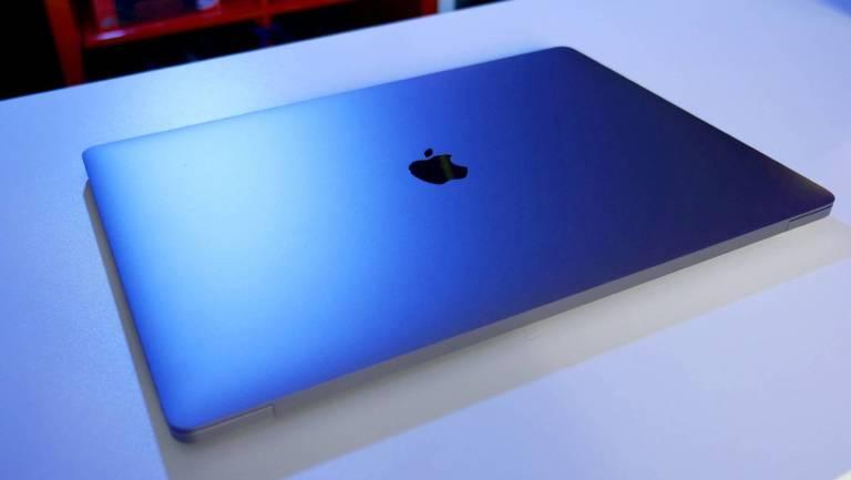 Il risparmio energetico degli iPhone anche sui MacBook? La proposta dello sviluppatore