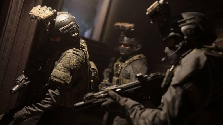 COD Modern Warfare: Activision banna due utenti che hanno condiviso i contenuti della battle royale