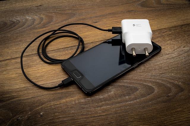 Batteria del telefono: gli errori da evitare per non distrurgerla